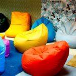 Безкаркасні меблі бізнес на м'яких кріслах мішках
